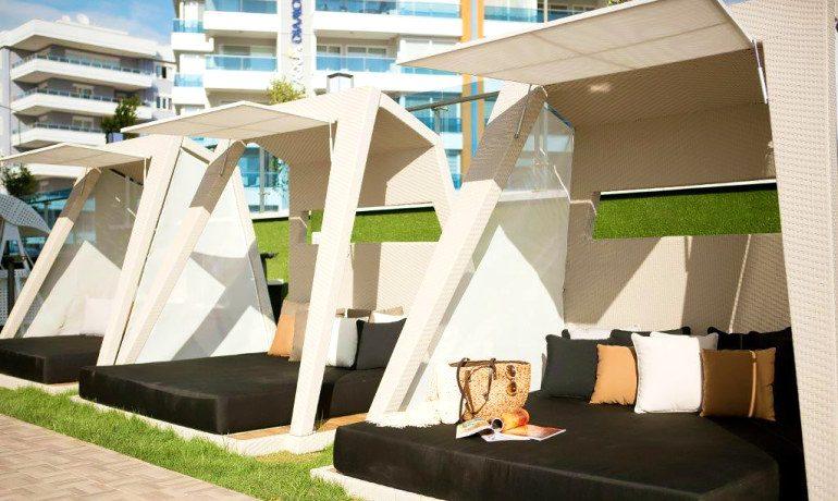 Sunprime C-Lounge gazebo