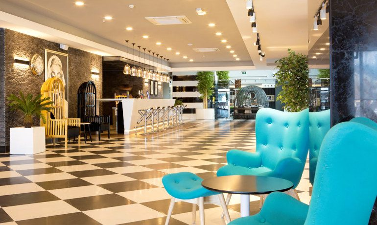 Sunprime C-Lounge lobby