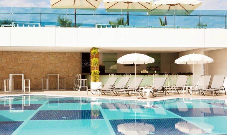 Sunprime C-Lounge pool sunbeds