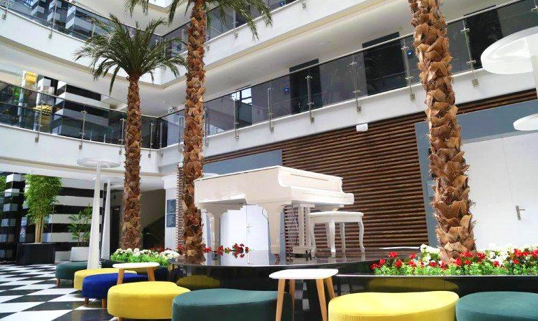 Sunprime C-Lounge reception area