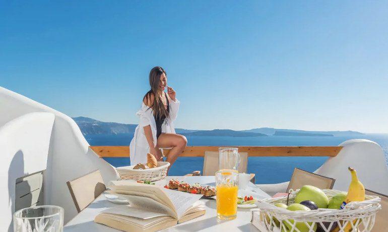 Elite Luxury Suites Santorini amazing breakfast