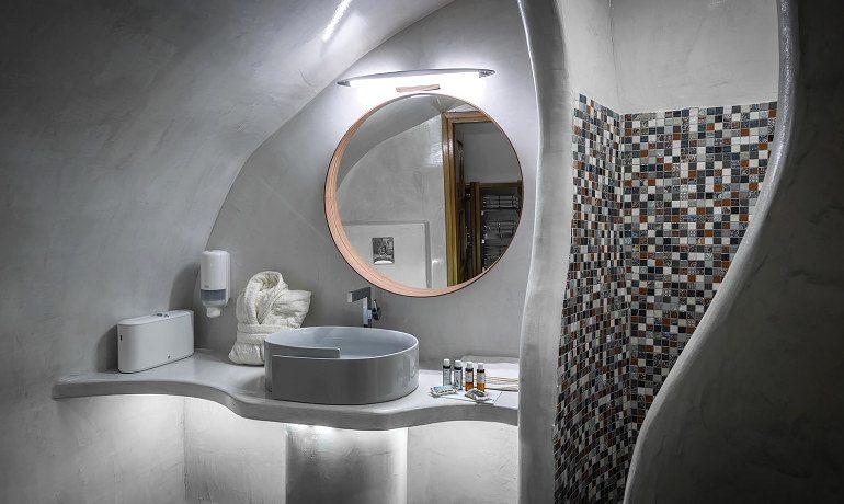 Elite Luxury Suites Santorini elite suite bathroom
