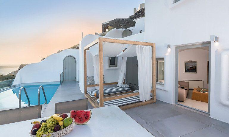 Elite Luxury Suites Santorini presidential suite terrace