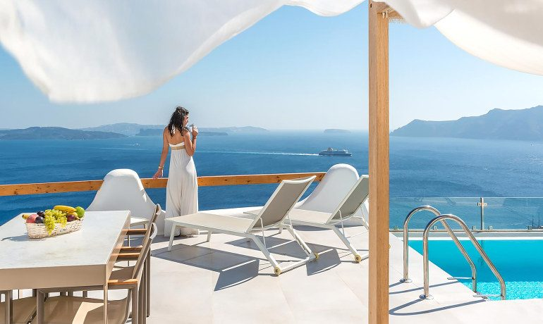 Elite Luxury Suites Santorini presidential suite terrace view