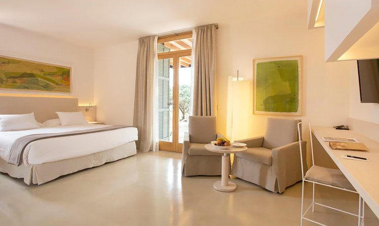 Fontsanta Hotel Thermal & Spa junior suite with terrace