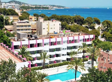 Lively Mallorca adults-only hotel in Spain