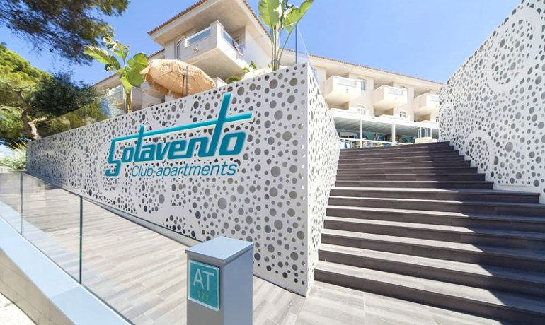 Sotavento apartments entrance