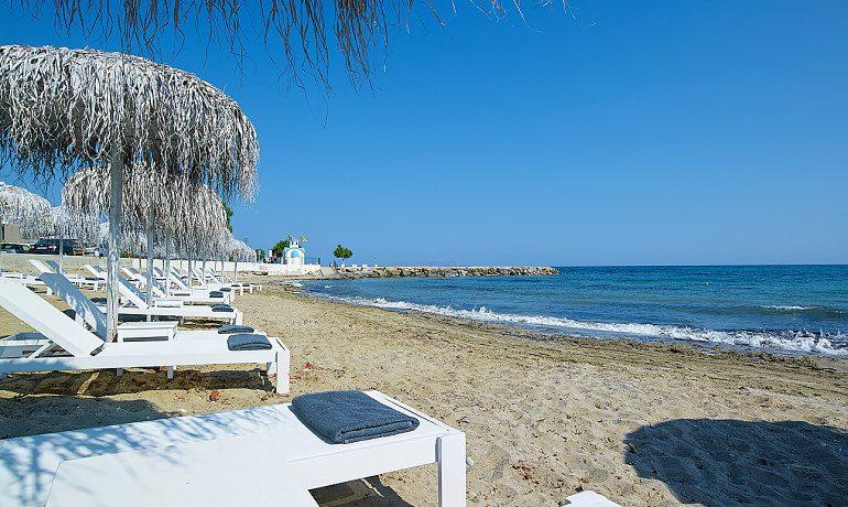 Elysium Boutique Hotel beach sunbeds