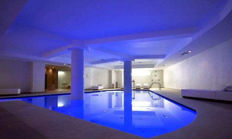 Insula Alba Resort & Spa hotel indoor pool