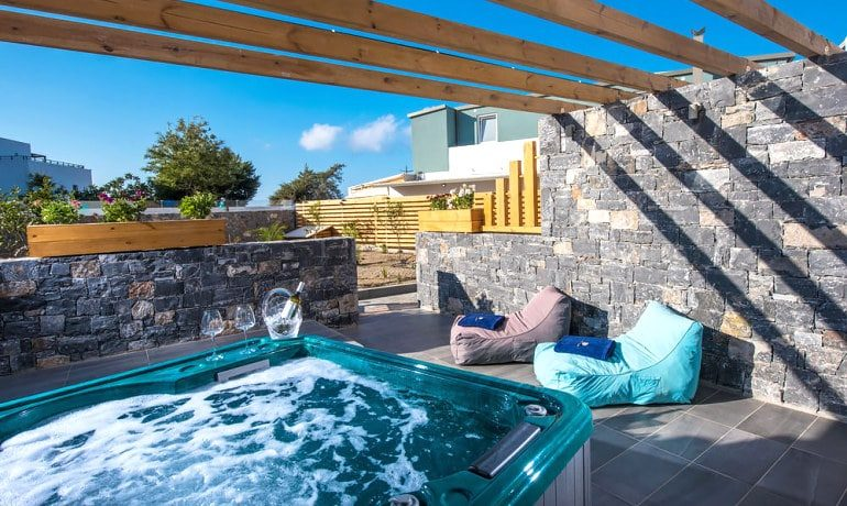 Infinity Blue Boutique Hotel & Spa Luxury studio jaccuzi