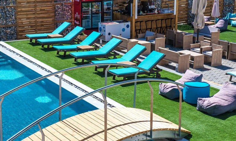 Infinity Blue Boutique Hotel & Spa spa sunbeds