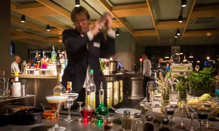 Aqua Hotel Silhouette & Spa cocktails