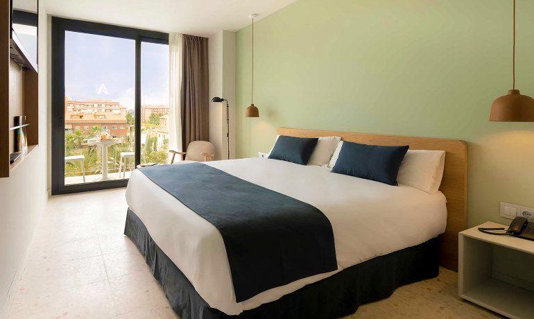 Aqua Hotel Silhouette & Spa design premium room
