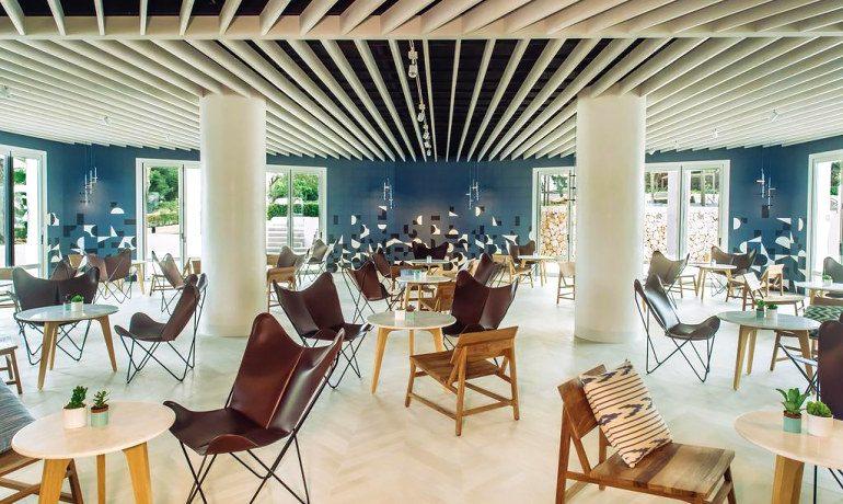 Inturotel Cala Esmeralda hotel bar lounge