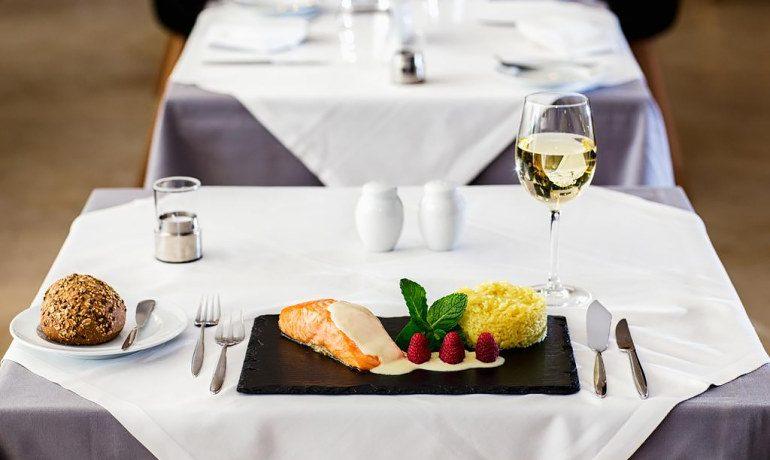 Aqua Pedra dos Bicos adults only hotel restaurant gastronomy