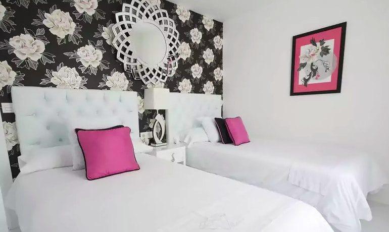 Lani's Suites de Luxe master suite