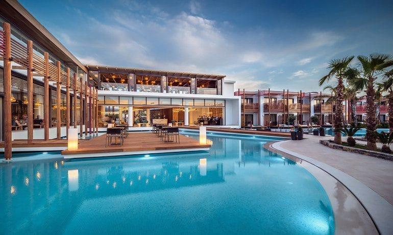 Stella Island Luxury Resort & Spa pool area