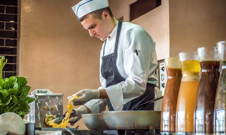 Stella Island Luxury Resort & Spa restaurant gastronomy