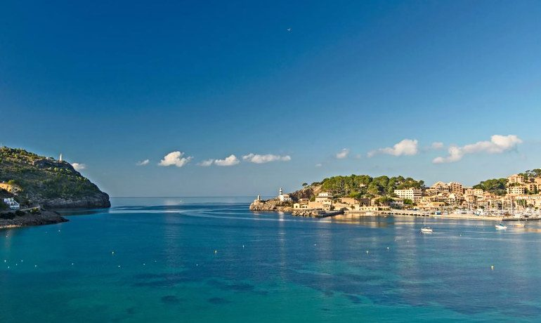Bikini Island & Mountain Hotel Port de Soller bay view