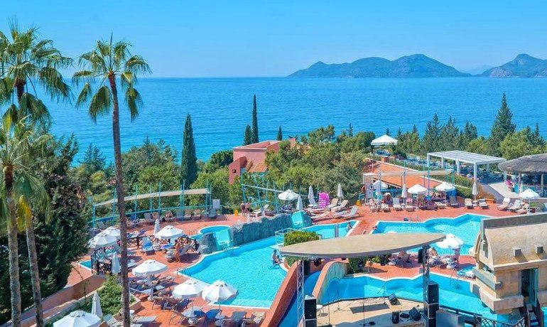 Sentido Lykia Resort pool sea