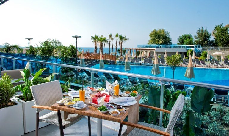 Numa Beach & Spa breakfast