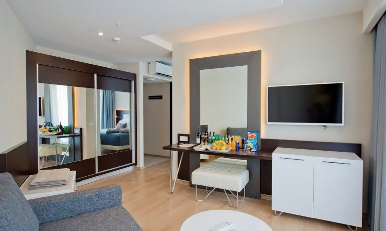 Numa Beach & Spa corner suite