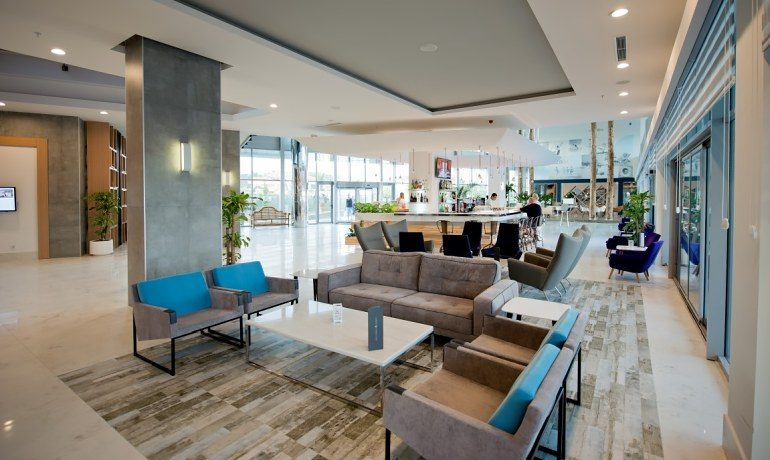 Numa Beach & Spa lobby