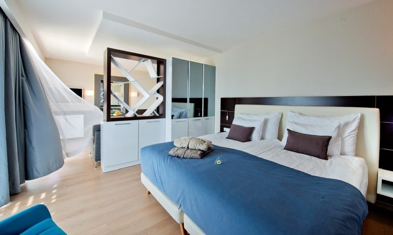 Numa Beach & Spa suite room
