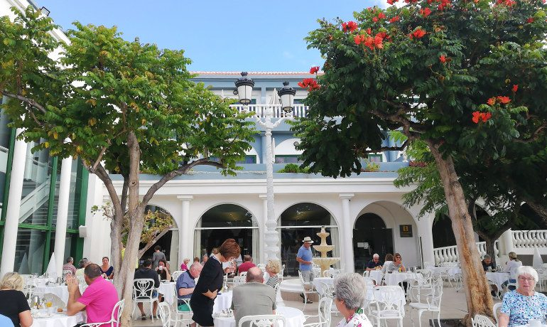 Colon Guanahani hotel restaurant terrace