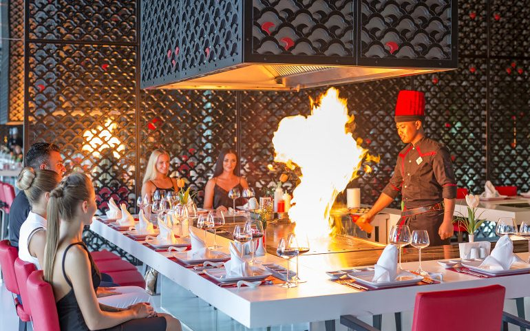 Adam & Eve Hotel Belek restaurants