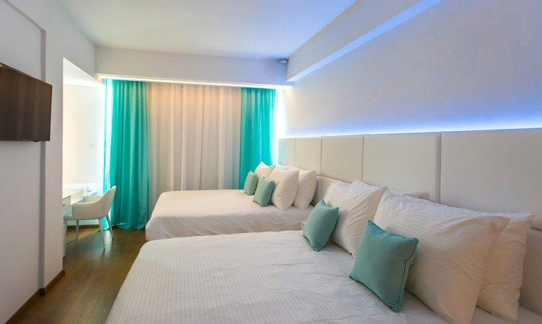 Napa Suites deluxe double double room