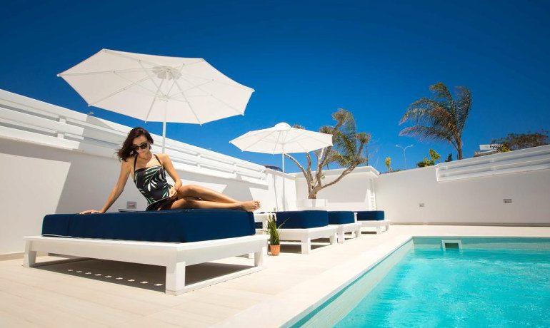Napa Suites pool area