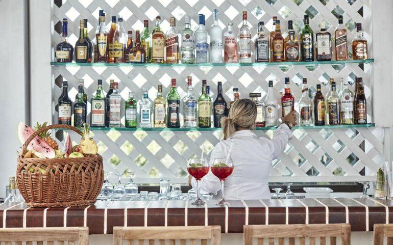Esperos Village Blue & Spa bar