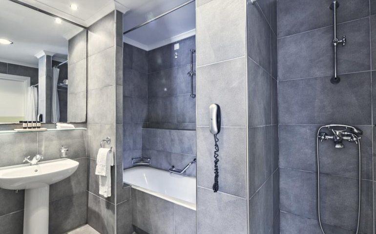 Esperos Village Blue & Spa bathroom