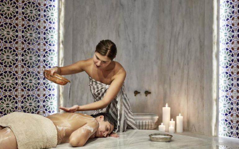 Esperos Village Blue & Spa massage