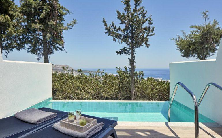 Esperos Village Blue & Spa private pool