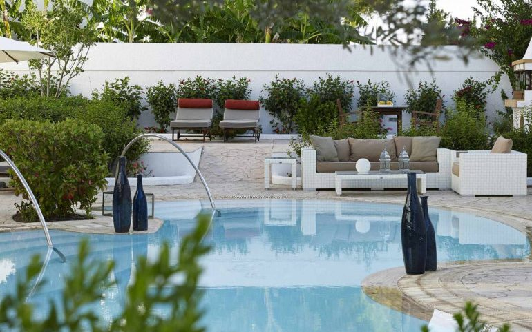 Esperos Village Blue & Spa suite shared pool